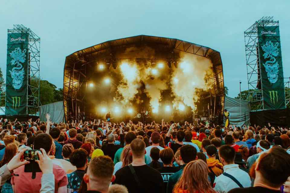 Main stage lights show at Slam Dunk Festival North