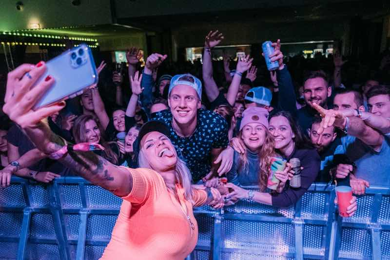 Front row fans at Snowattack Festival