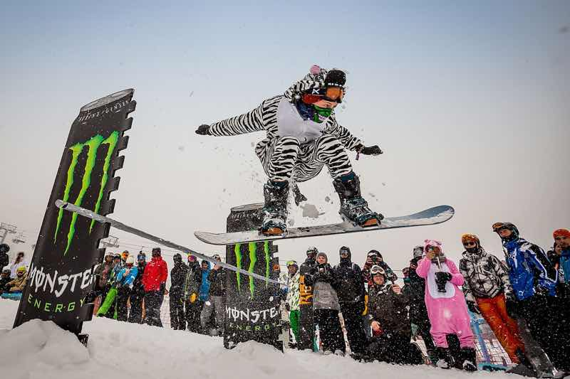 Snowboard action at Snowattack Festival