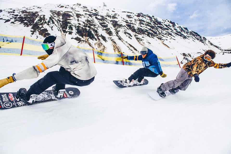 Snowboarding at Snowbombing Festival