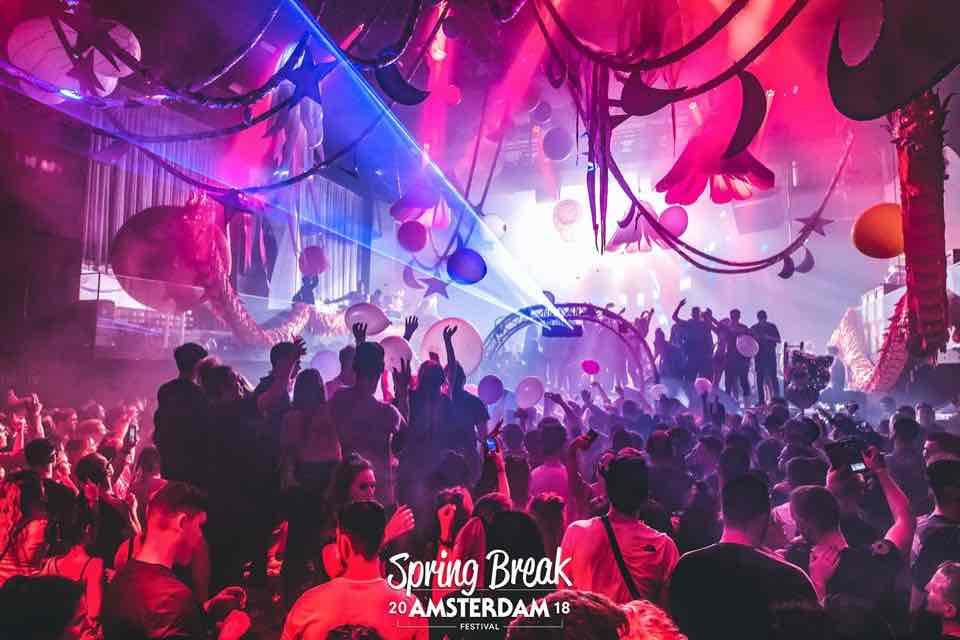 Red lights at Spring Break Amsterdam