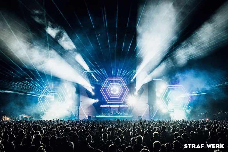 Lights show at Straf Werk Festival