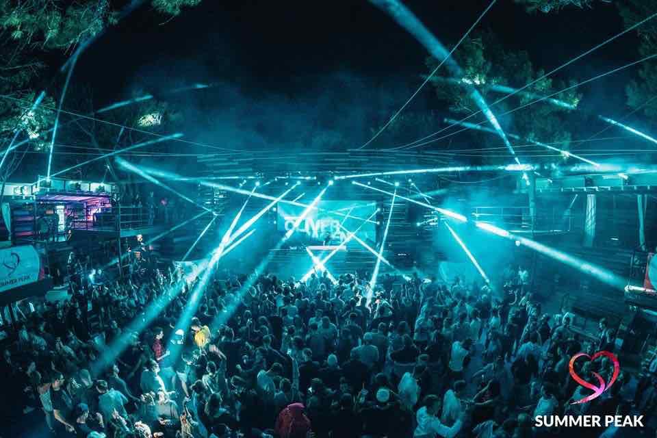 Lights show at Kalypso Club at Summer Peak Festival