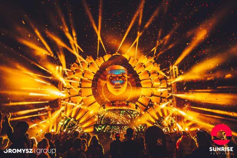 Golden stage lights at Sunrise Festival