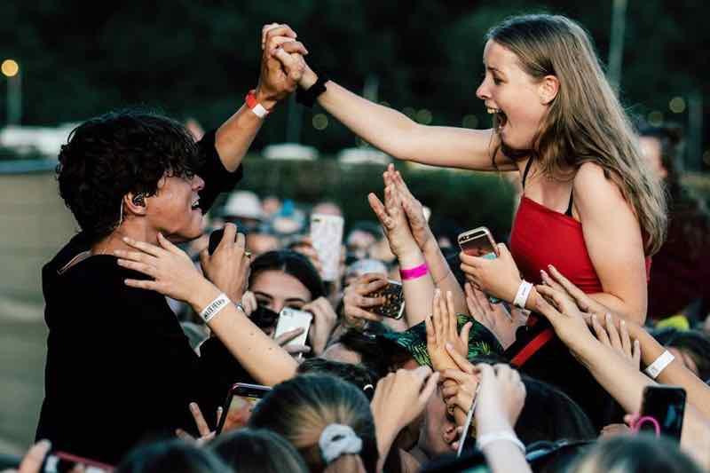 Love from fan at the Great Wonderfest