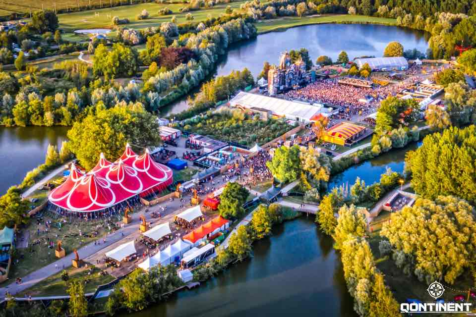 Are view of the Qontinent Festival