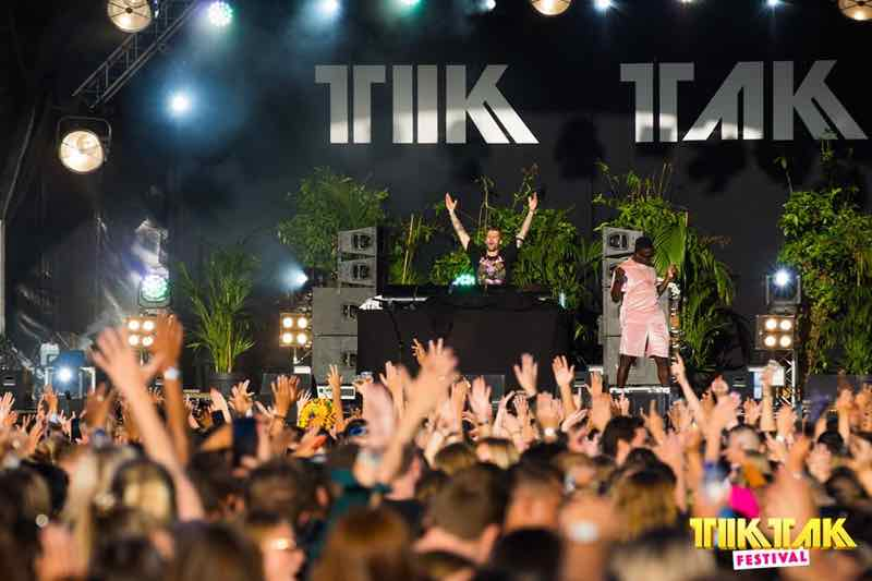 Fans dancing at TIKTAK Music Festival