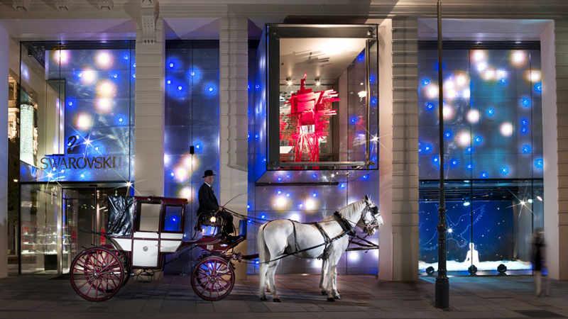 horse carriage outside swarovski shop in Vienna