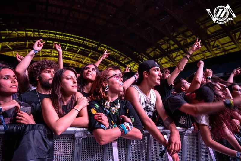 Front row fans at VOA Heavy Rock Festival