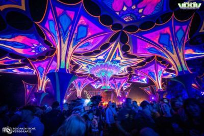 Nights lights at main stage at voov experience psytrance festival