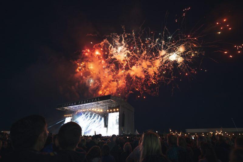 Sky colours at WonderHall Festival