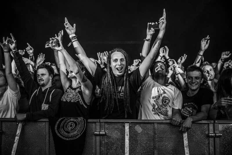 Front row fans at Zurich Openair Festival